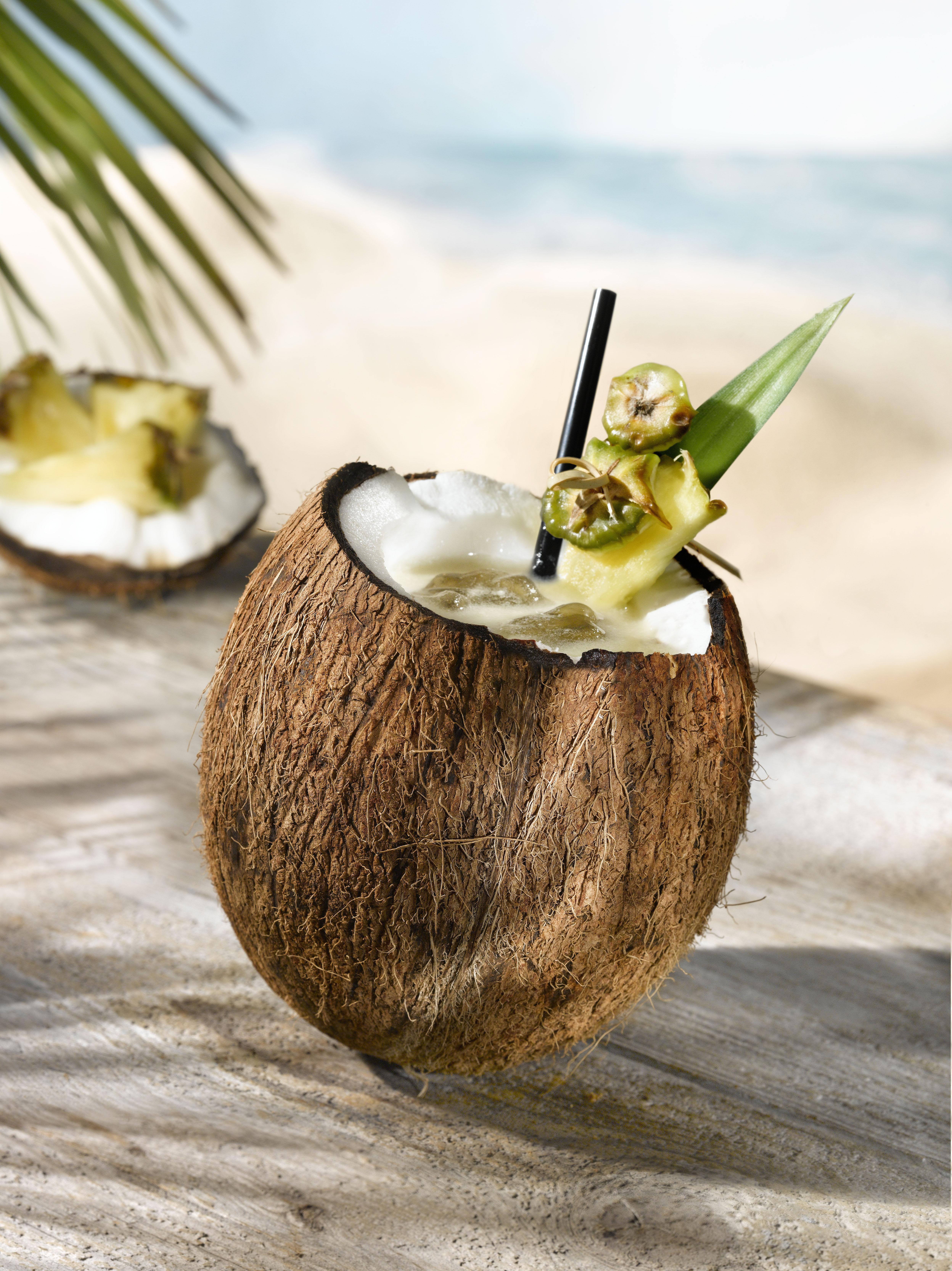 https://www.destinationcocktails.fr/recettes-cocktails/cocktails-rhum/pina-colada