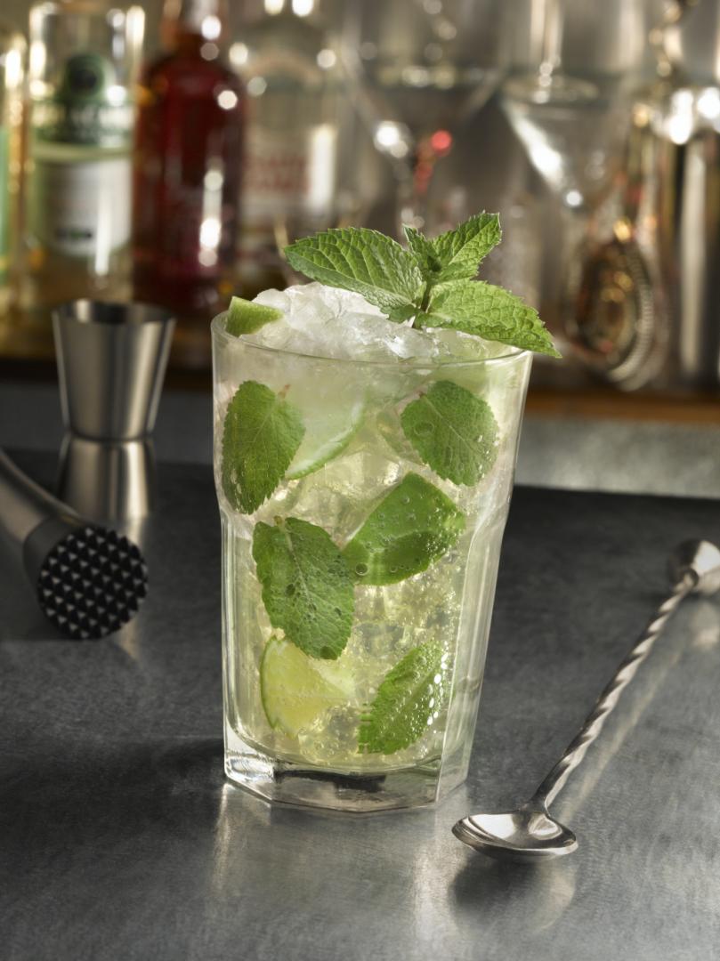 https://www.destinationcocktails.fr/recettes-cocktails/cocktails-rhum/mojito